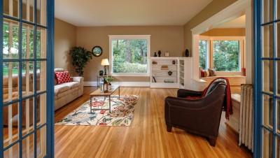 Beautiful living room in old home in Bellingham