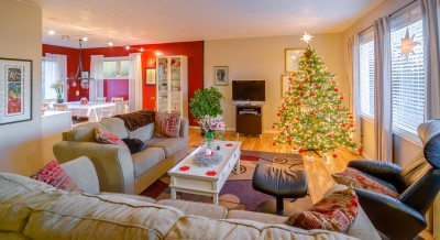 Beautiful christmas decorated living room in Bellingham real estate