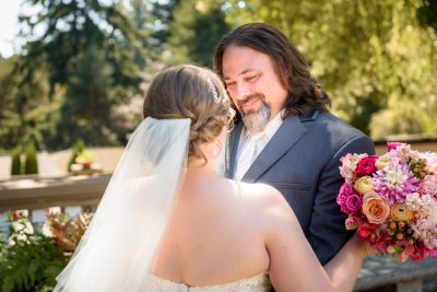 Wedding glance