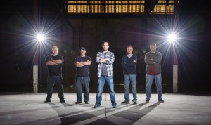 Cover band photo Six Pack Pretty Warehouse Industrial look