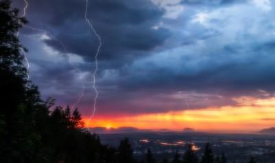 Lightning Little Mountain